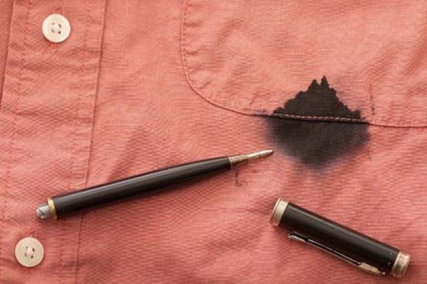 Tẩy vết mực bút bi