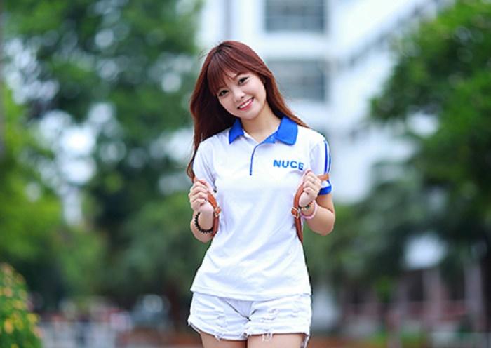 Gợi ý mix style đa phong cách cùng áo thun đồng phục Đà Nẵng